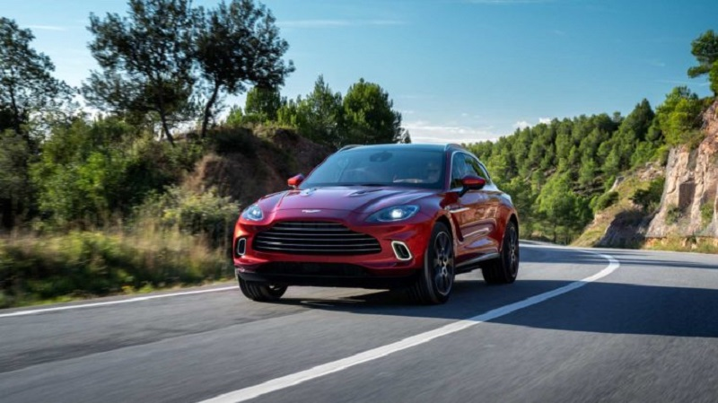 2021 Aston Martin DBX Featured