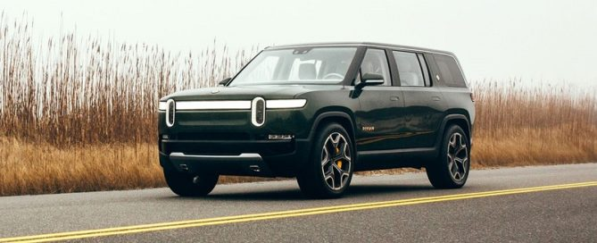 2021 Rivian R1S featured