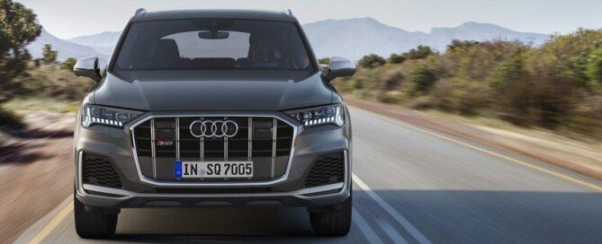 2021 Audi Q7 featured