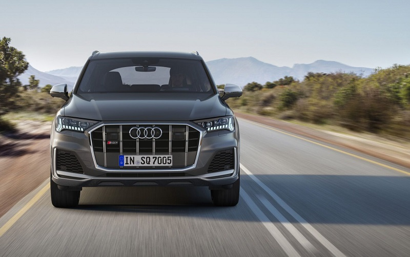 2021 Audi Q7 featured