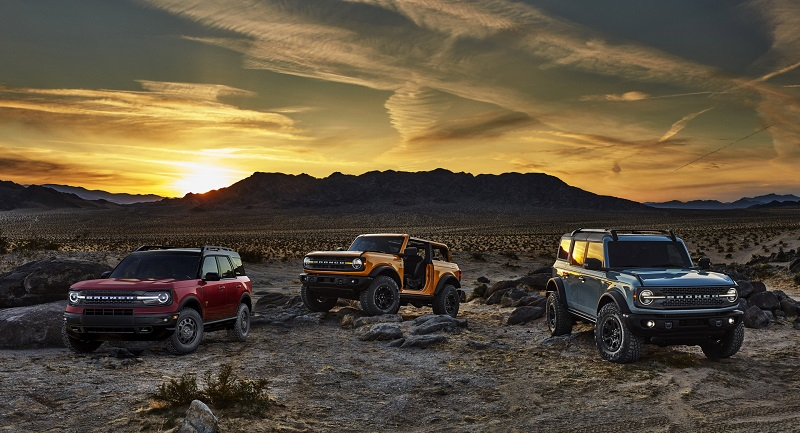 2022 Ford Bronco featured