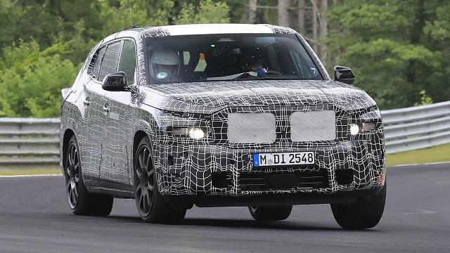 2022 BMW X8 Spy Shot